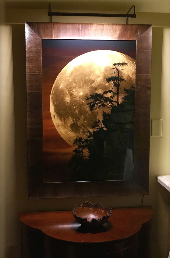 Picture light, wood frame, moon art- Cocoweb