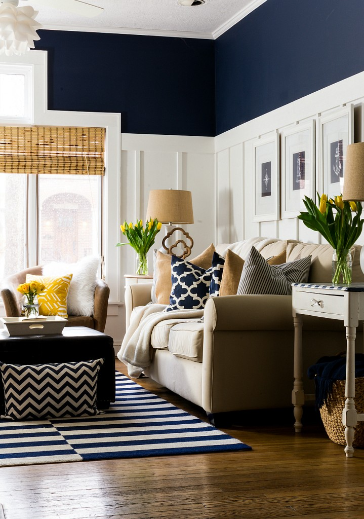 Decorating ideas yellow navy tulips